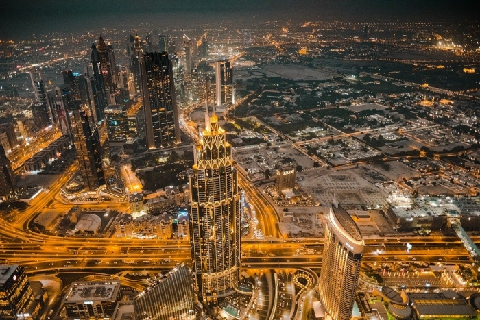 Dubai aims to increase foreign trade to AED2 trillion